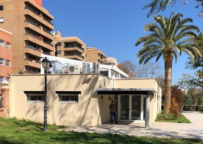 Ejecución de las obras de rehabilitación de la agencia de lectura en el Barrio de Trinitat. Valencia