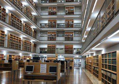 Reforma de la instalación de iluminación de la Biblioteca de Ciencias Sociales Gregorio Maians del Campus de Tarongers