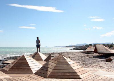 Obras de consolidación y acceso a la costa sur de Vinaroz, Castellón, España.