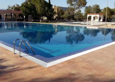 Rehabilitación de las piscinas municipales en la localidad de Granja de Rocamora. Alicante, España.